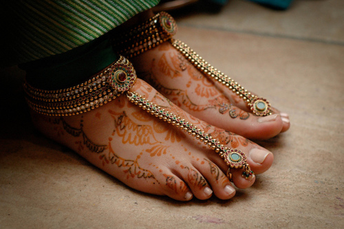 колечки на пальцах ног